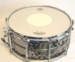 dixon-gregg-bissonette-signature-hammered-brass-snare-drum-2