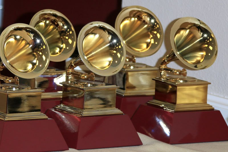 2017 Grammys have been awarded