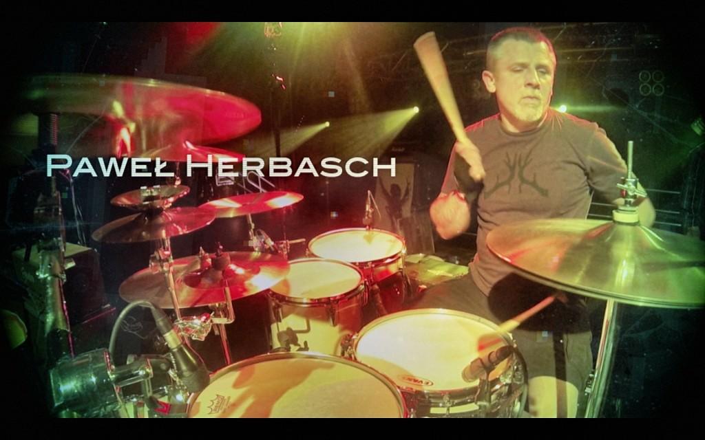 Illusion-Pawel-drummer
