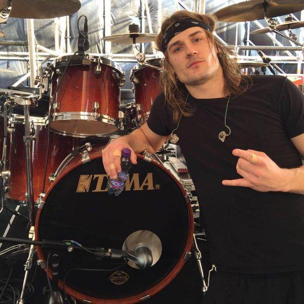 Paul Wandtke endorserem bębnów firmy TAMA
