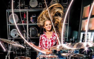 Zagłosuj na dziewczynę do kalendarza DrumStore