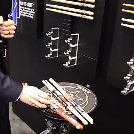 Nowe pałki Zildjian na stoisku firmy podczas targów NAMM 2017