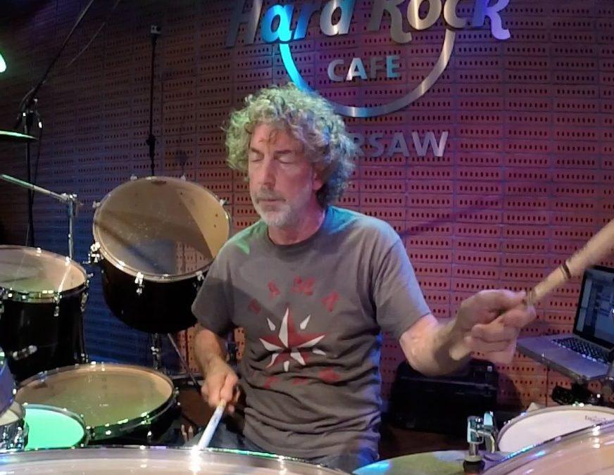 Simon Phillips: solo perkusyjne na żywo dla BeatIt