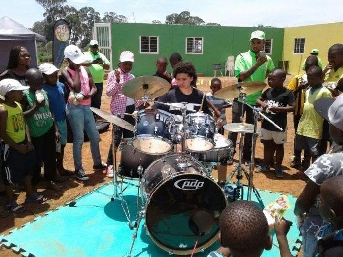 Perkusista z RPA nagrodzony przez B. Obamę