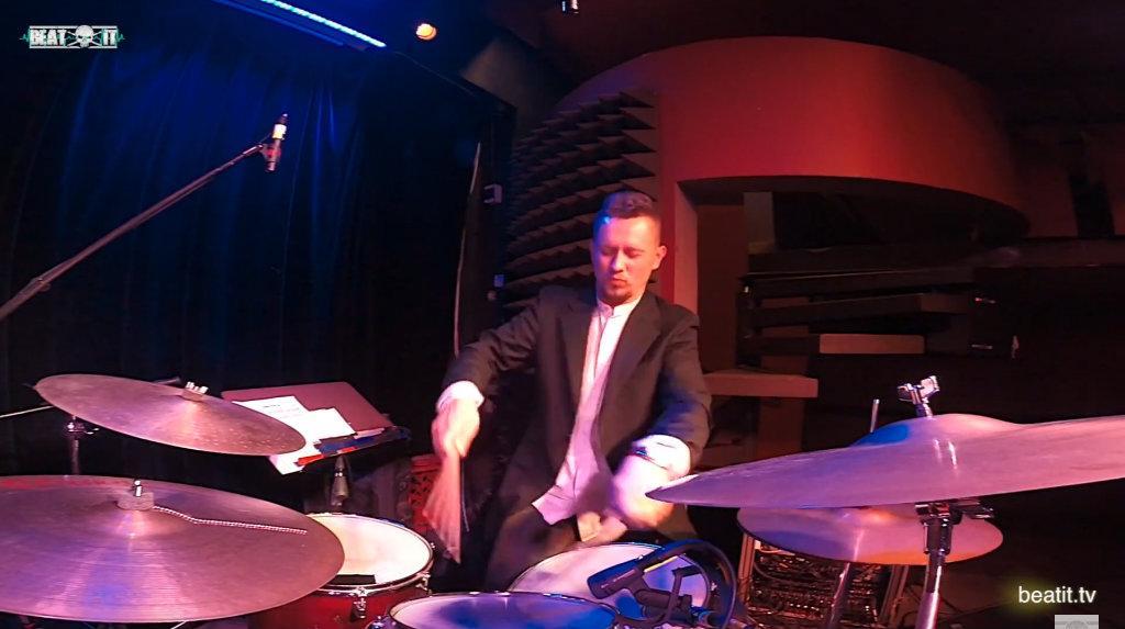 Robert Rasz & Marcin Łosik Trio – solo perkusyjne