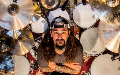 Mike Portnoy w obronie Larsa Ulricha