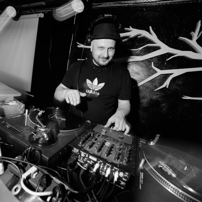 Beatit Drum School DJ Kostek