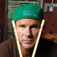 Chad Smith gra na ulicy