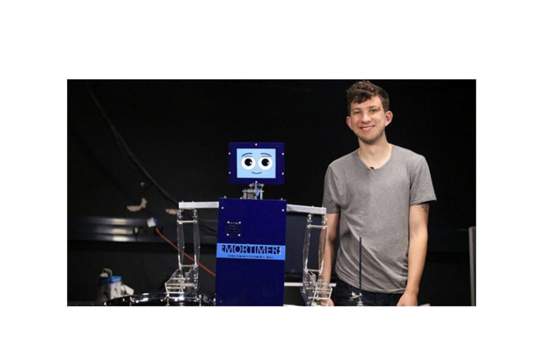 Robot – perkusista zaangażowany w media społecznościowe