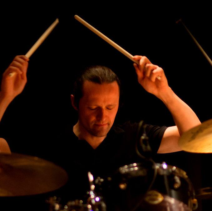 """Marcin """"Ułan"""" Ułanowski endorserem talerzy Impression Cymbals"""