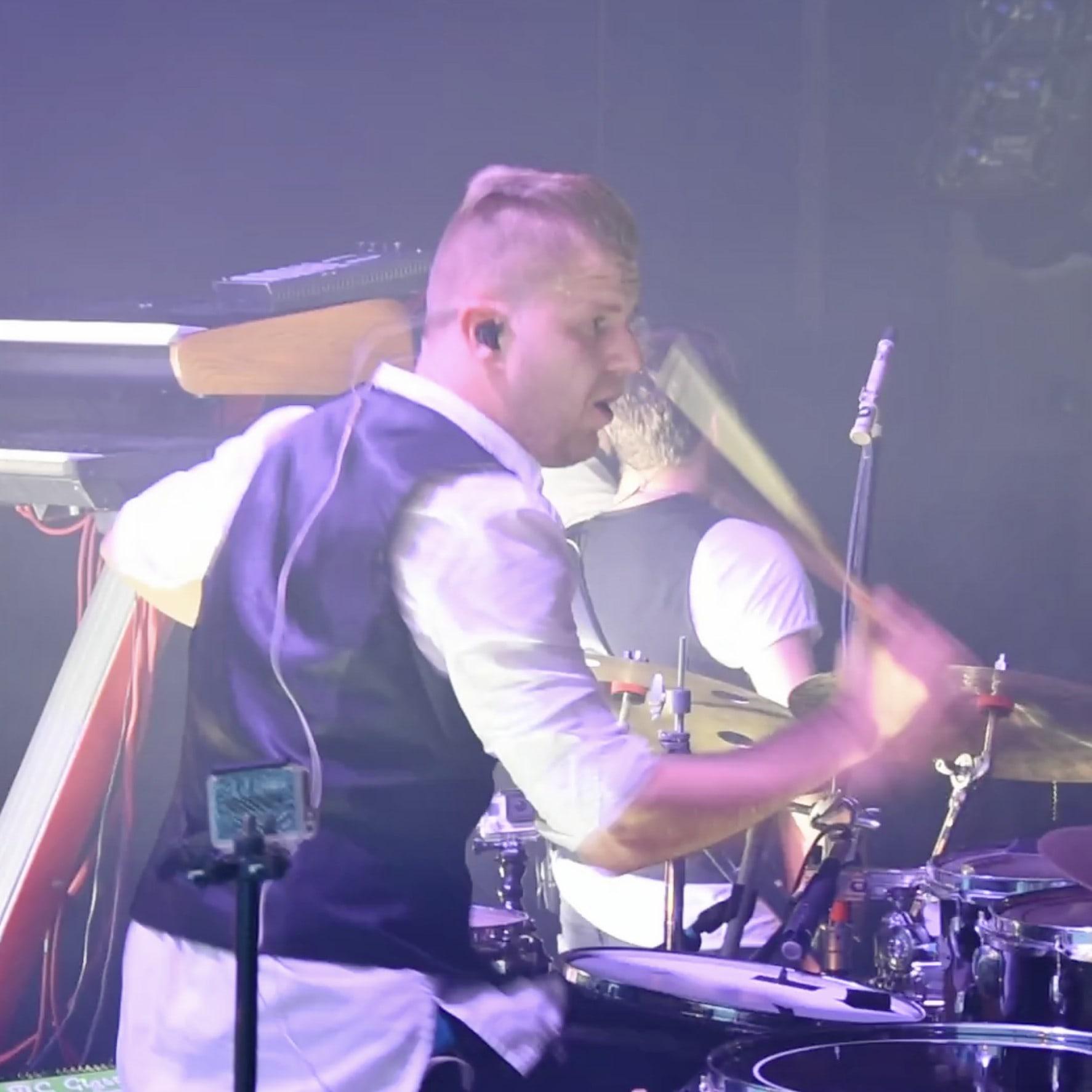 perkusista Maciej Pilarz z zespołem Bednarek, klub B17, Poznań