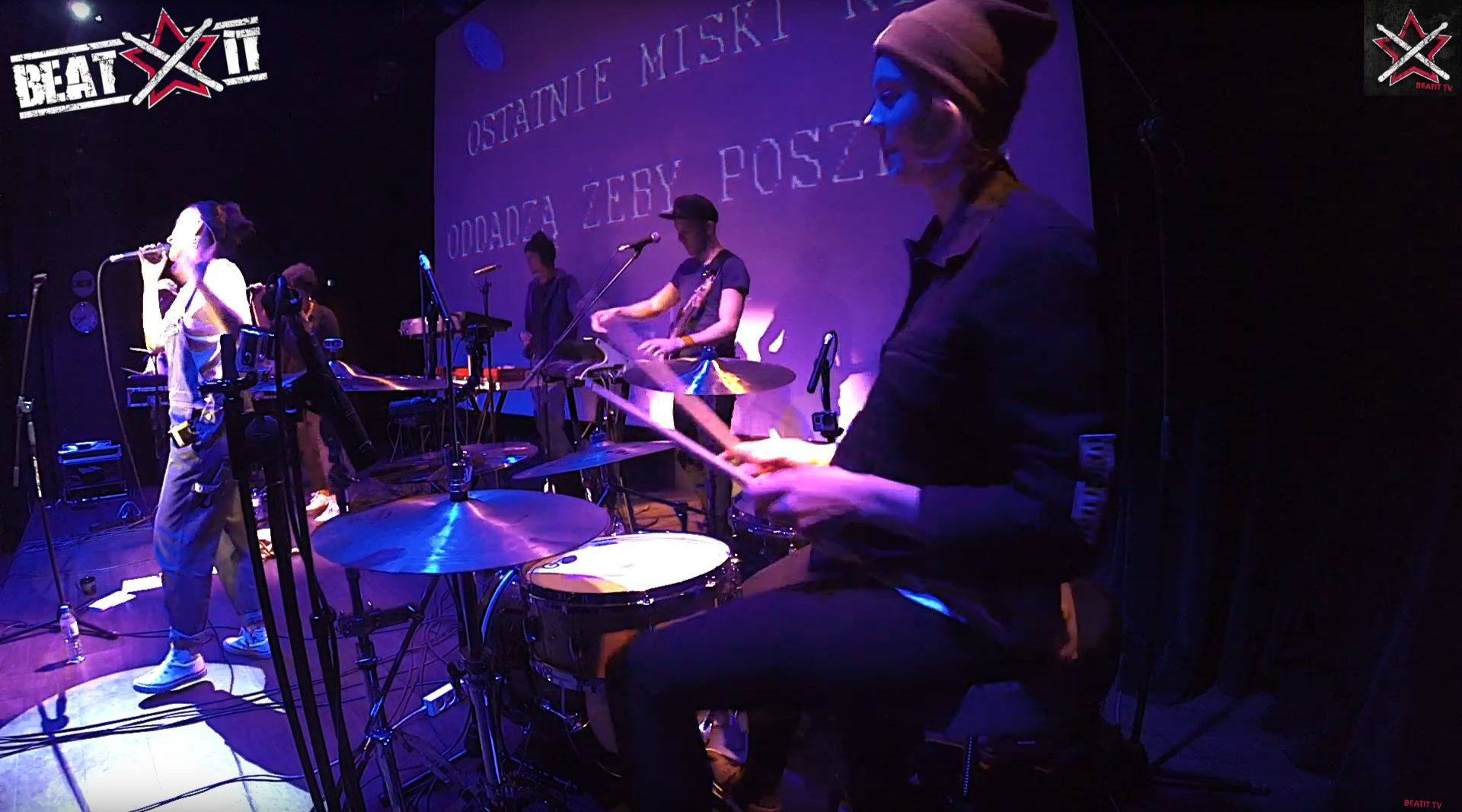 perkusistka Wiktoria Jakubowska na żywo beatit.tv