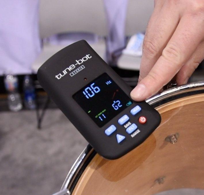 TUNE-BOT prezentacja stroika perkusyjnego
