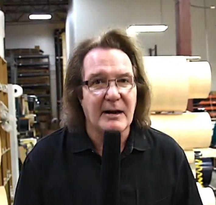John Good oprowadza po fabryce DW