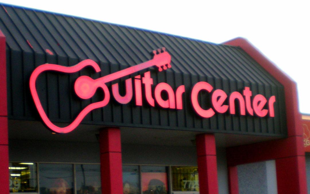 Amerykańska sieć sklepów Guitar Center tonie w długach