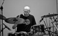 W wieku 47 lat zmarł perkusista Grzegorz Grzyb.