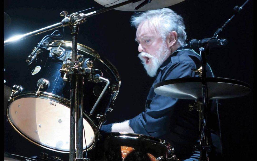 """Książka """"The Drums of Roger Meddows Taylor"""""""