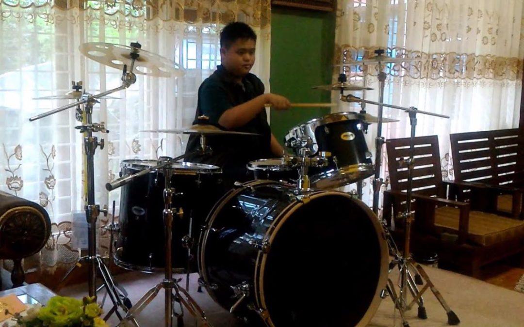 Wpływ gry na perkusji na dzieci z zespołem Downa