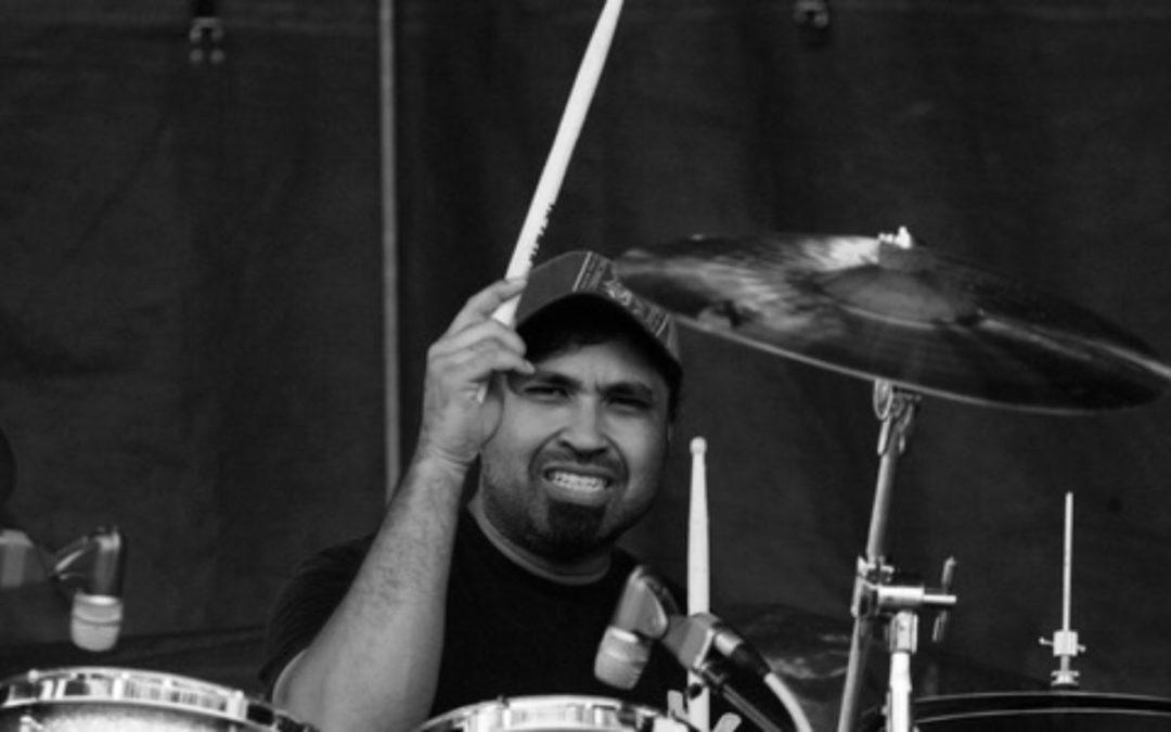 Perkusista grupy Aranda został zamordowany przez własnego syna.