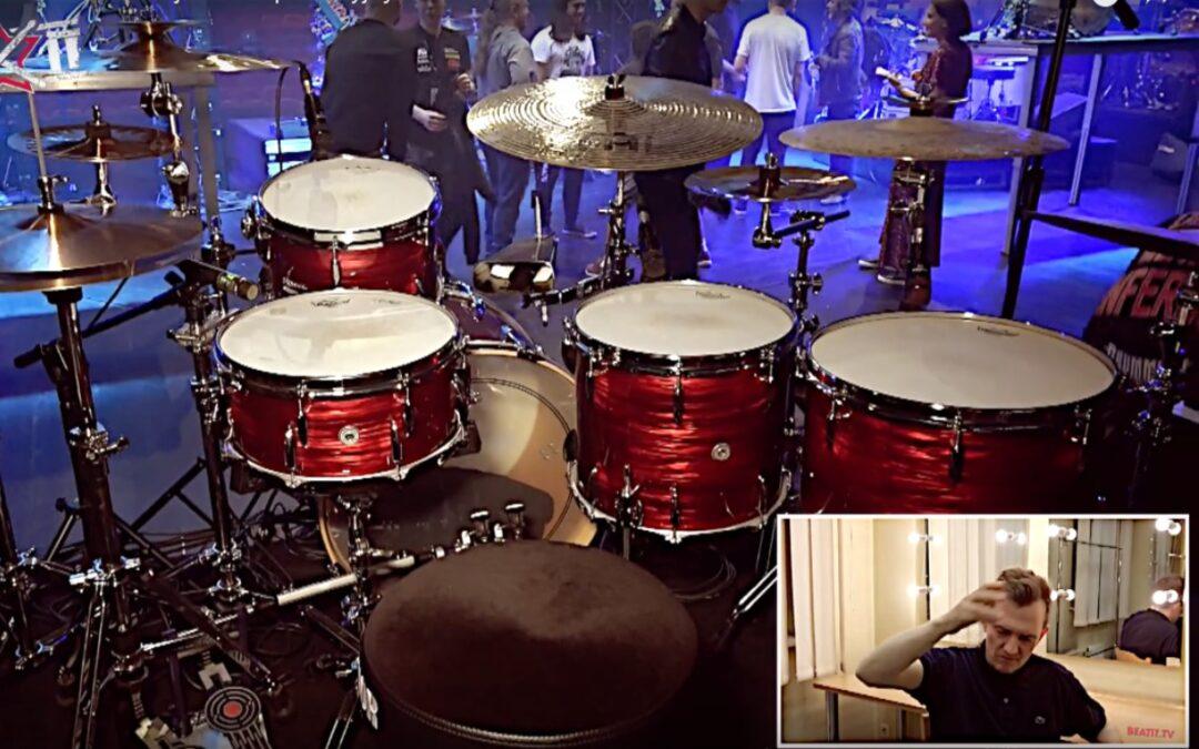 Jost Nickel prezentuje swój zestaw perkusyjny